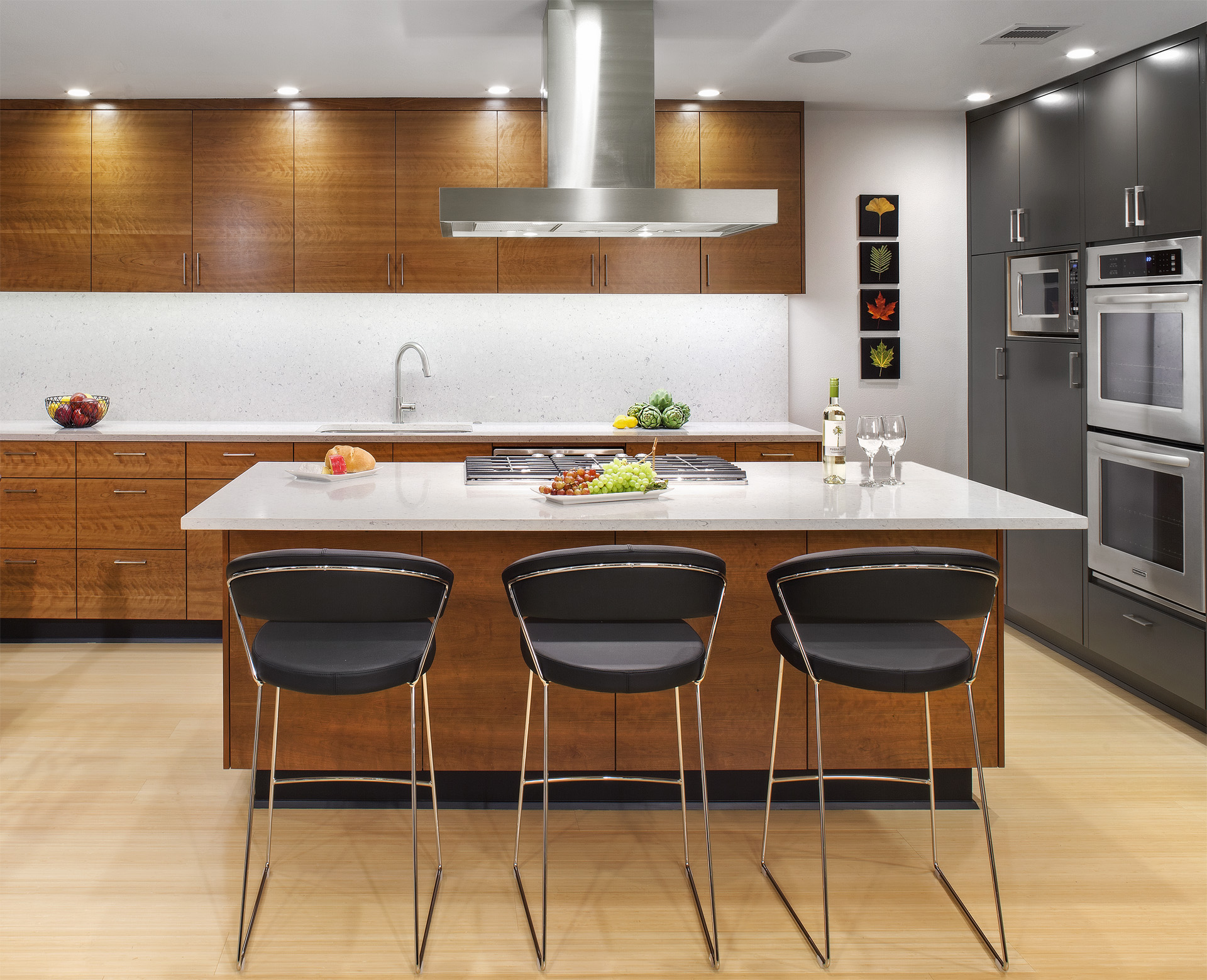 1A7 SLEEK, CONTEMPORARY kitchen copy