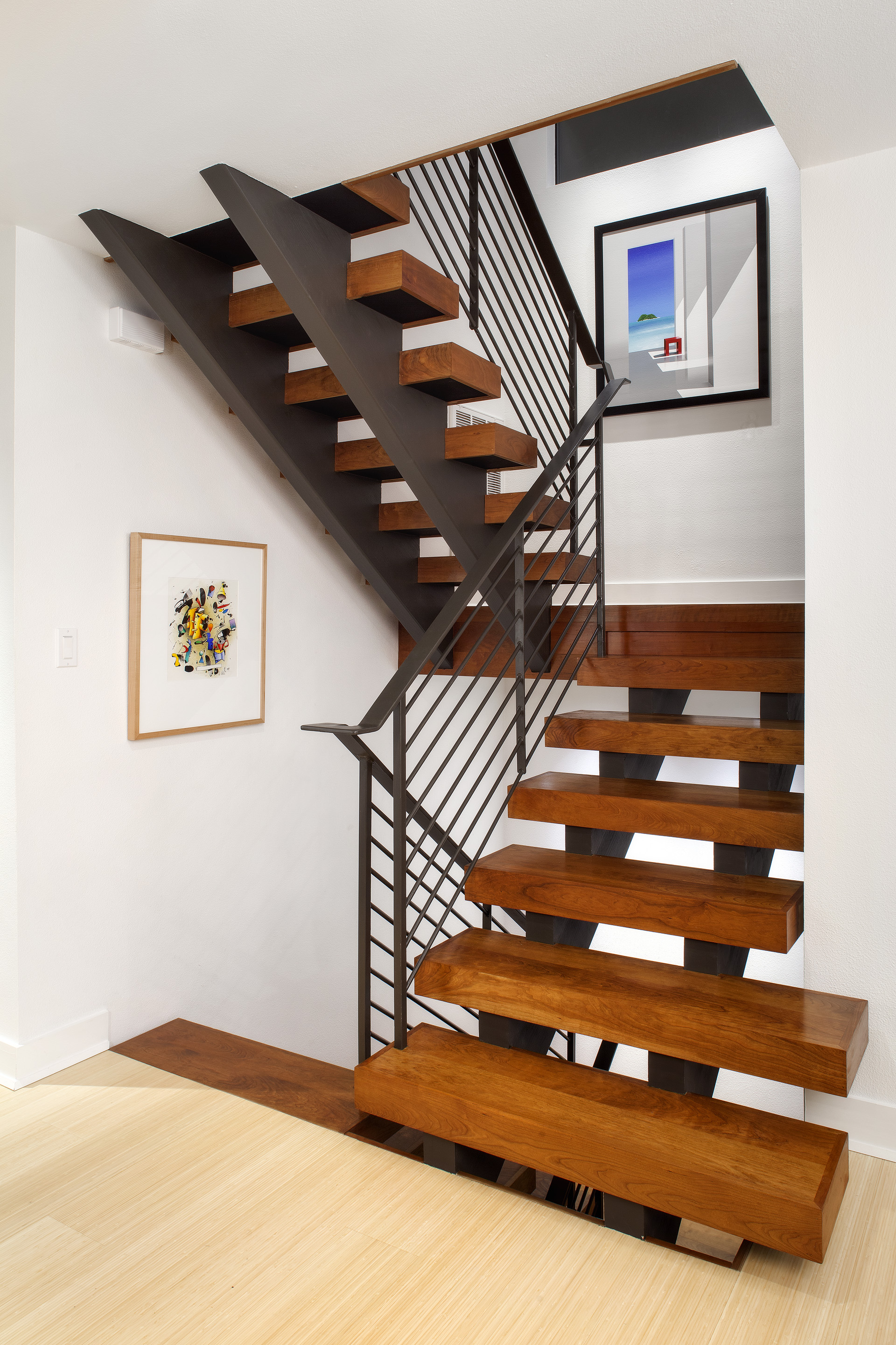 A19 SLEEK, CONTEMPORARY stair