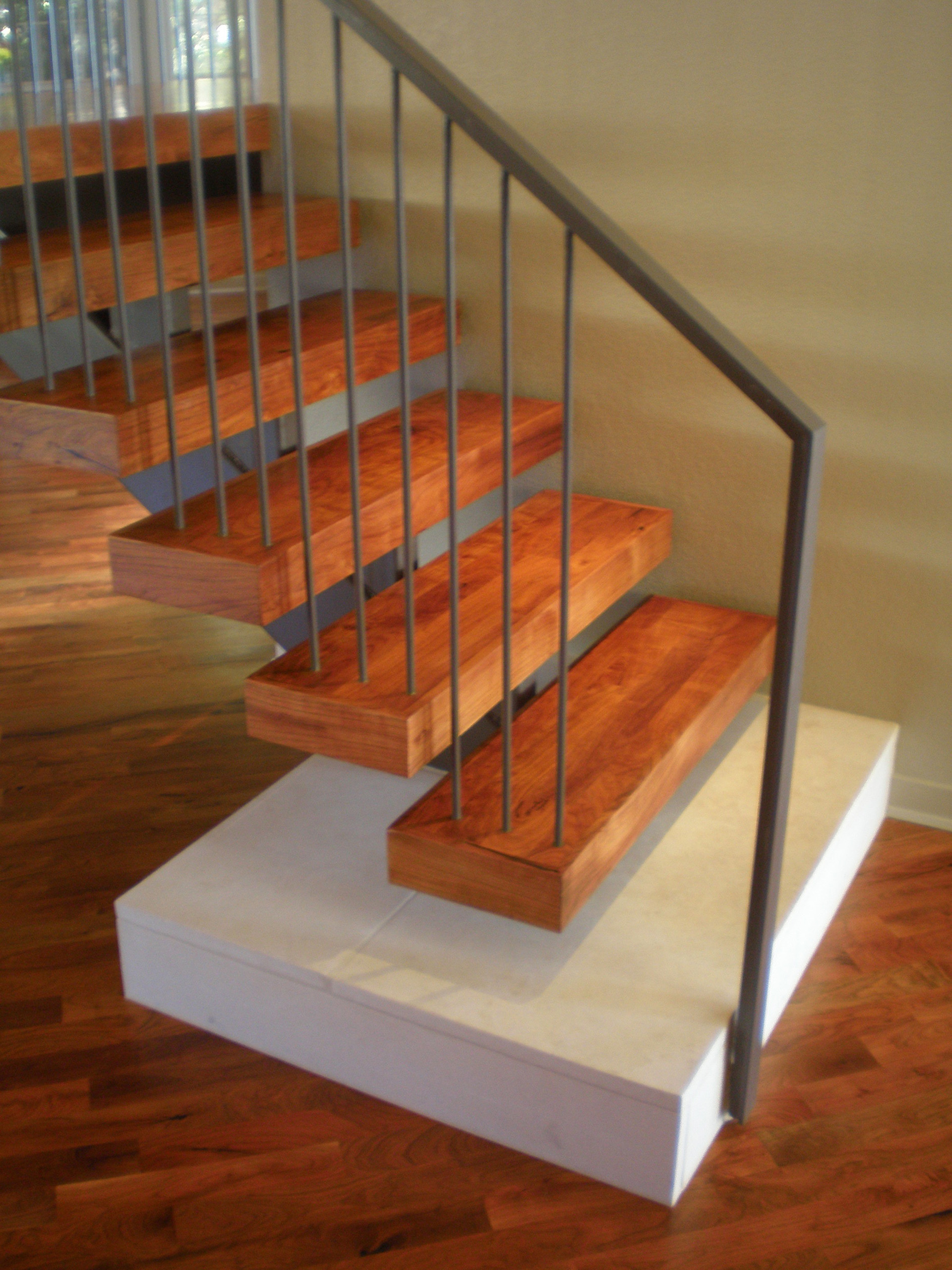 A32 STAIR close up